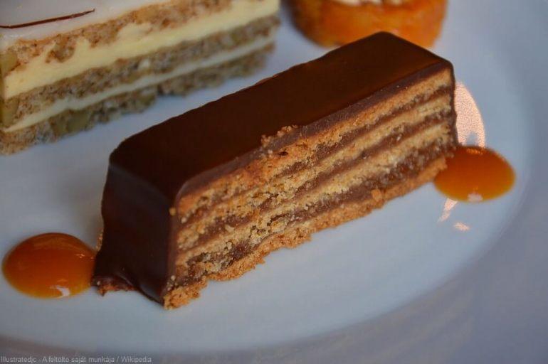 Zserbo Szelet gâteau gerbeaud spécialité du café gerbeaud de Budapest