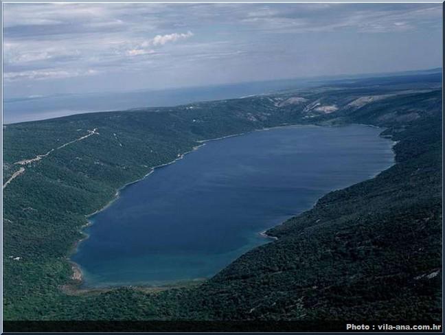 Vransko jezero lac vrana
