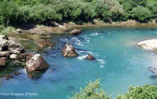 riviere neretva pres de Mostar