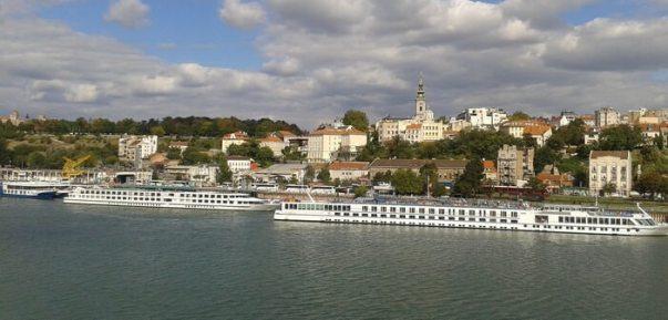 Belgrade péniches à Zenum