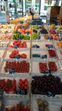 munich Schrannenhalle Viktualienmarkt fruits