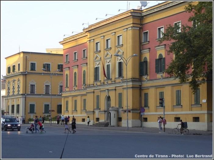 Tirana centre ville