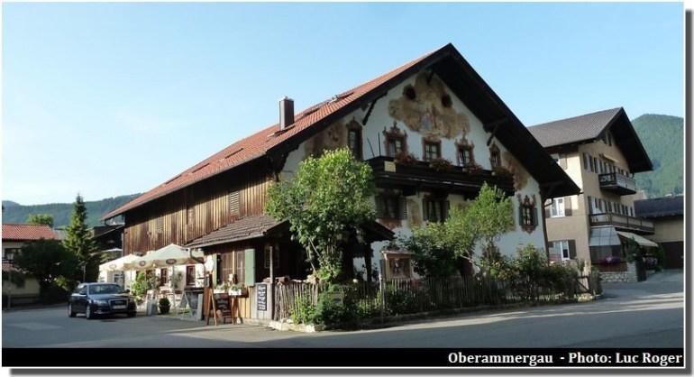 Oberammergau, un beau village typique aux façades peintes en Bavière 4
