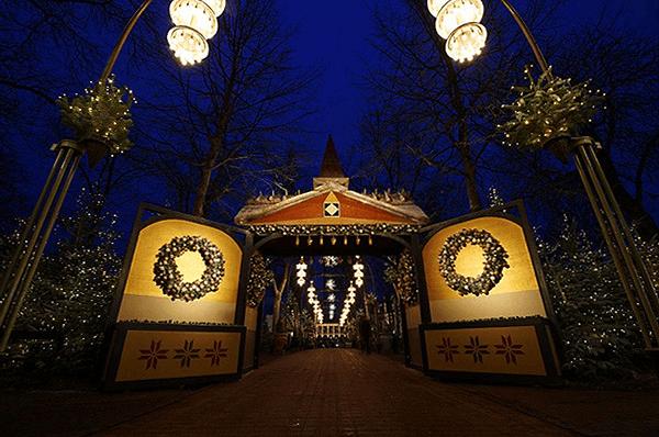 Copenhague Parc Tivoli Porte de l'allée
