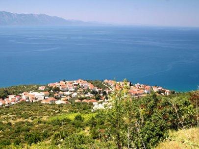 Podaca en Dalmatie centrale