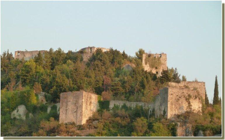 Stolac Chateau en ruines