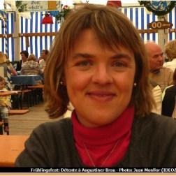 Muenchener Fruhlingsfest Sandrine Monllor lors de la fête de la Bière à Augustiner Brau