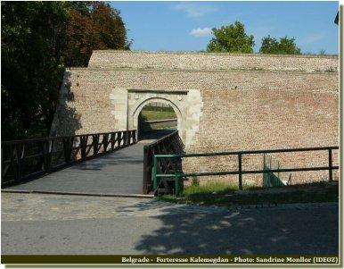 Belgrade accès aux fortifications de Kalemegdan