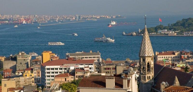 Istanbul vue du bar Leb y deria