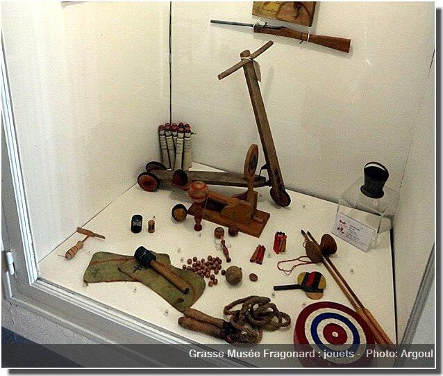 Grasse Musée Fragonard jouets chambre enfant
