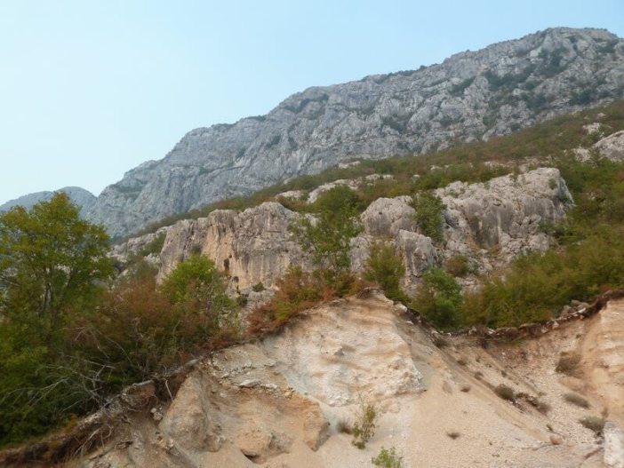 Montagne vers Ostrog