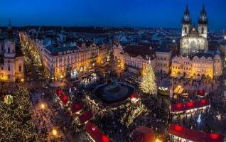 Prague Marché de noel sur la place de la vieille ville