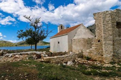 Chapelle Notre dame de Tarac dans les Iles Kornati