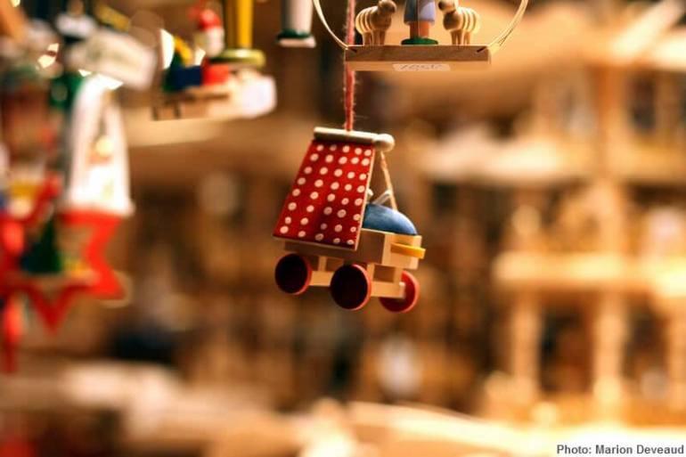 Décoration de Noel sur le marché de Munich landau à suspendre