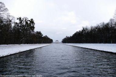 Vue du Chateau Nymphenburg en hiver à Munich