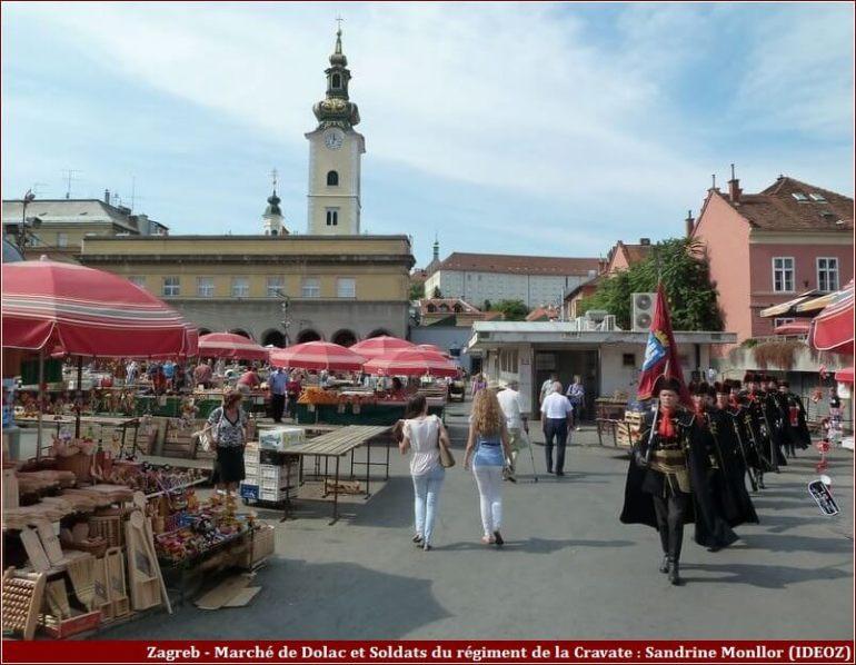 Zagreb Marché Dolac et gardes du régiment de la cravate