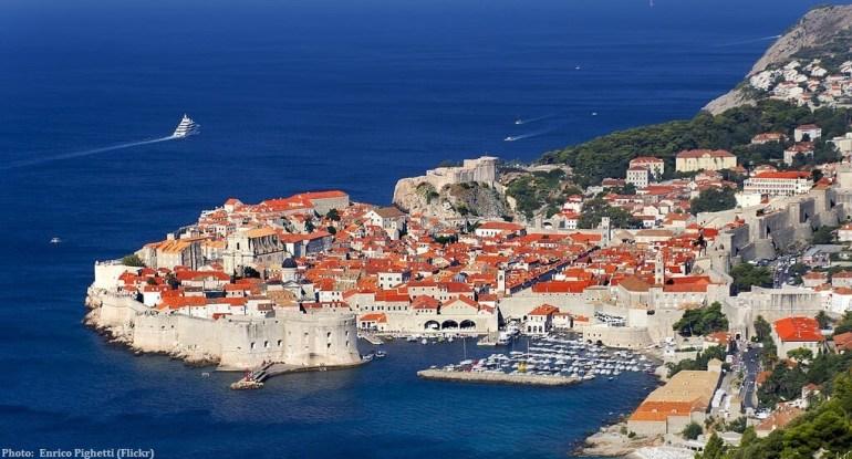 Vieille ville de Dubrovnik vu des hauteurs