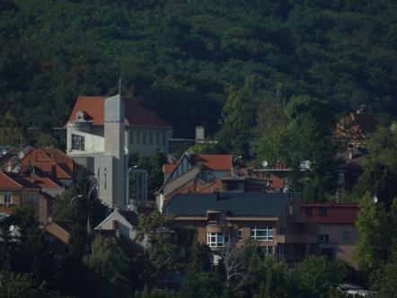 Zagreb maisons et église moderne