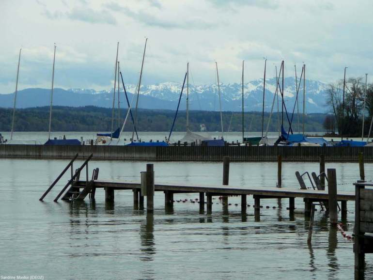 Lac Starnberg en Haute Bavière près de Munich au printemps