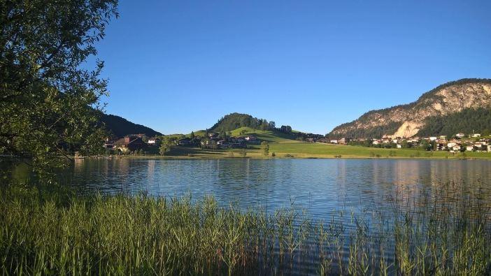 Thiersee lac au Tyrol en Autriche en été
