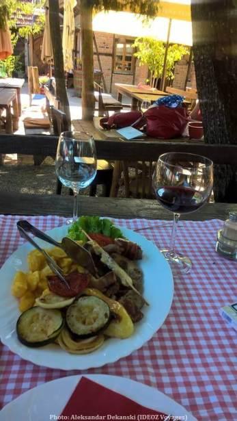 Repas à la konoba agrotourisme Kezele