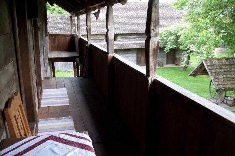 Stara Lonja balcons