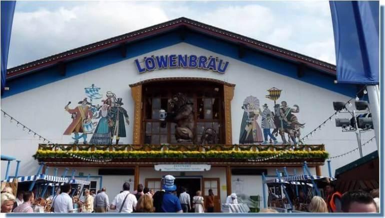 Tente Löwenbrau Oktoberfest Munich