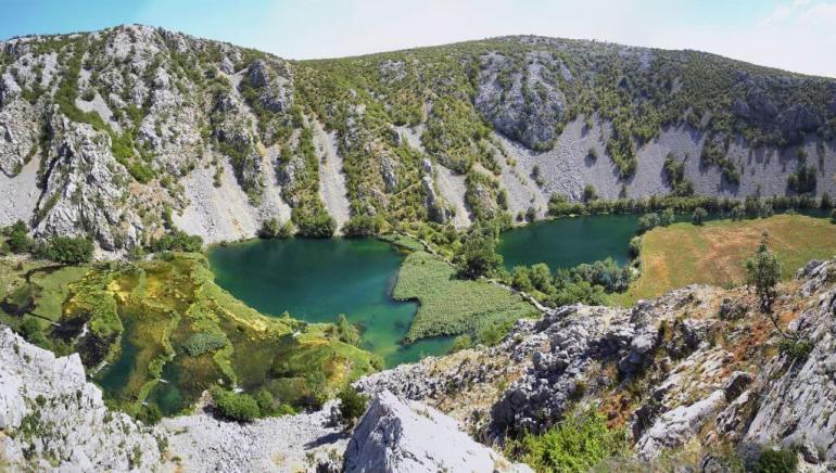 kudin most sur la rivière Krupa en Dalmatie
