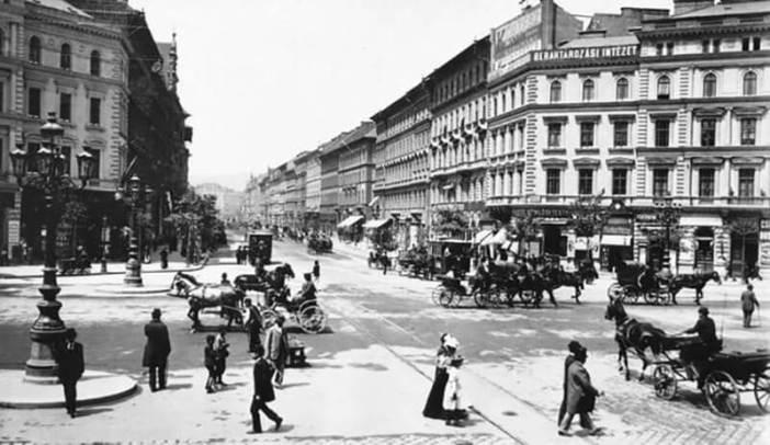 Grand Boulevard a Oktogon Pest