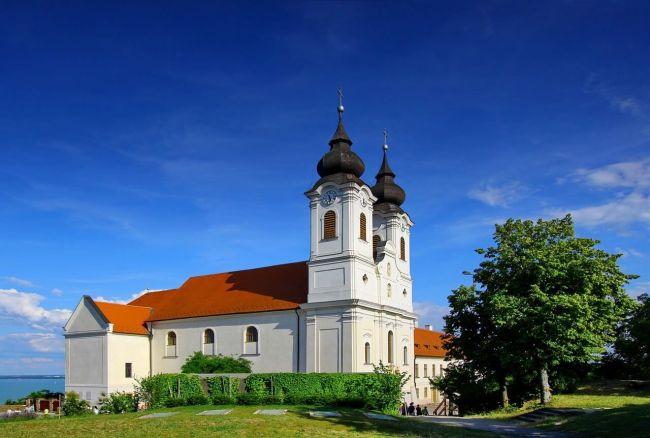 Abbaye en Hongrie sur le lac Balaton