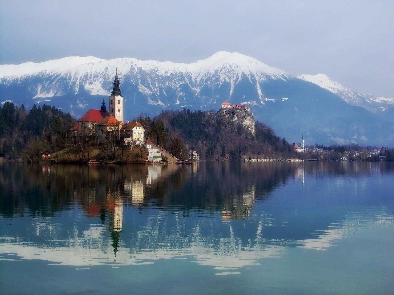 Ile de Bled lac en Slovénie