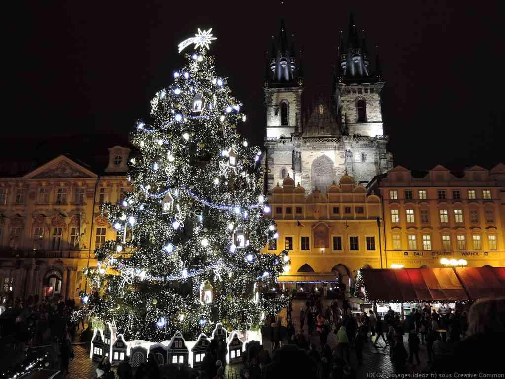 Marché de noel de Prague sur la place de la vieille ville