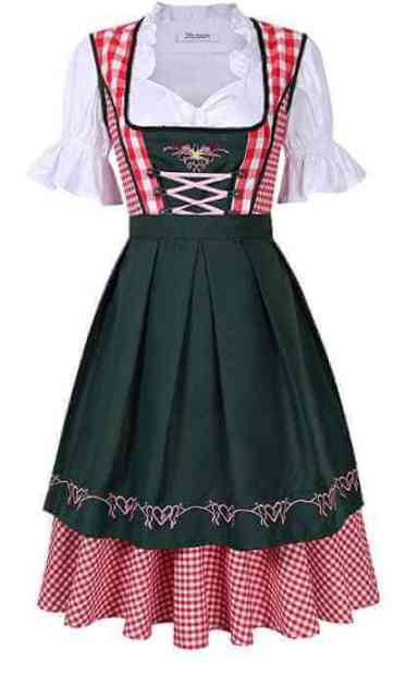 dirndl en couleur classique vert et rouge style des alpes bavaroises