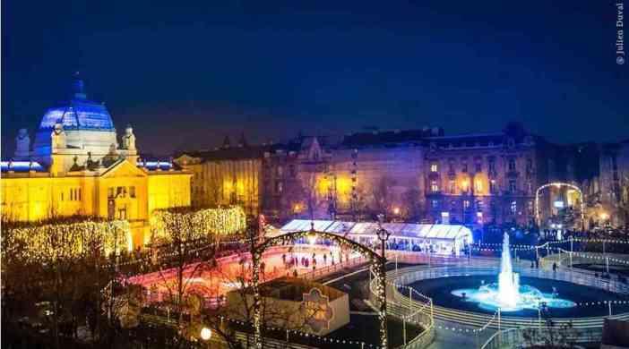 marché de Noel devant le théatre national de Zagreb