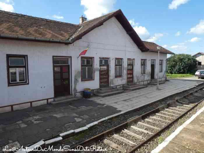 Petite gare en Roumanie