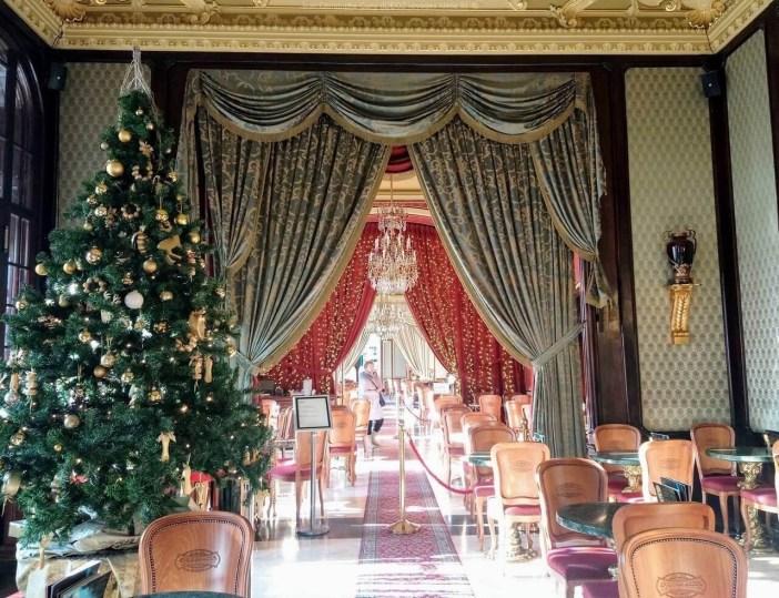 Magnifique café Gerbeaud à Budapest