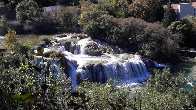 vue panoramique sur skradinski buk Krka