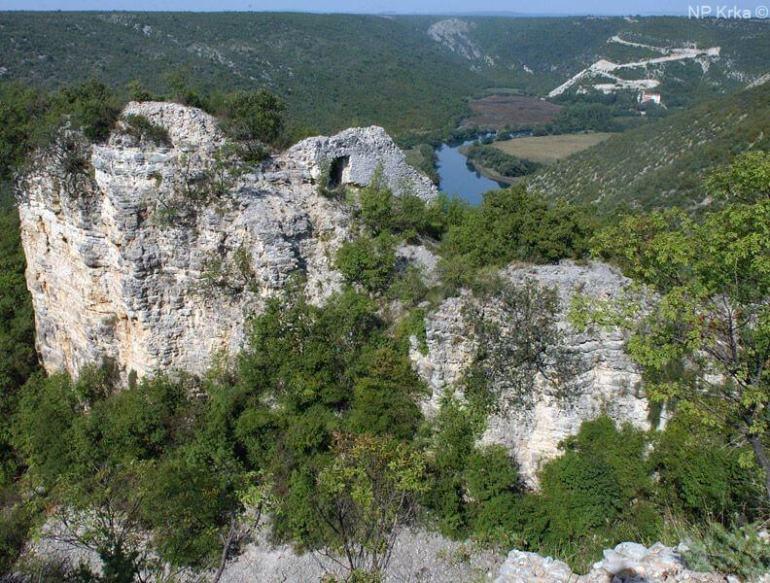 forteresse de Bogocin sur la rivière de Krka