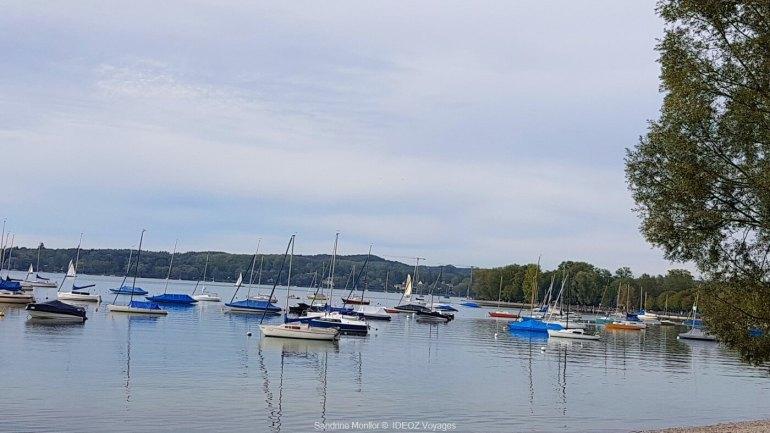 bateaux sur le lac ammersee en oberbayern