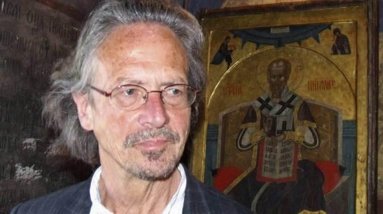 Peter Handke connu pour ses positions pro serbes pendant les guerres d'ex Yougoslavie