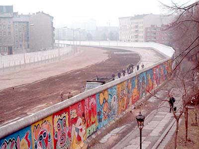 berlinmauer mur de berlin avec ses graffiti