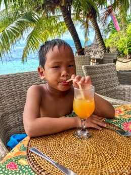 Siquijor - Coco Grove Beach Resort - Thomas jus d'orange