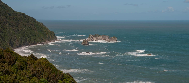 Route Haast Hokitika, Ile du Sud, Nouvelle-Zélande : Point de vue sur la mer de Tasmanie