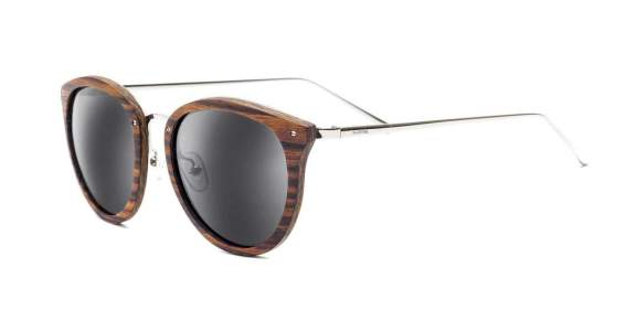 DSC0060r1_affordable_mens_womens_bamoo_sunglasses_swellvision_swell_lia_brown_smoke1_spo_1080x.jpg