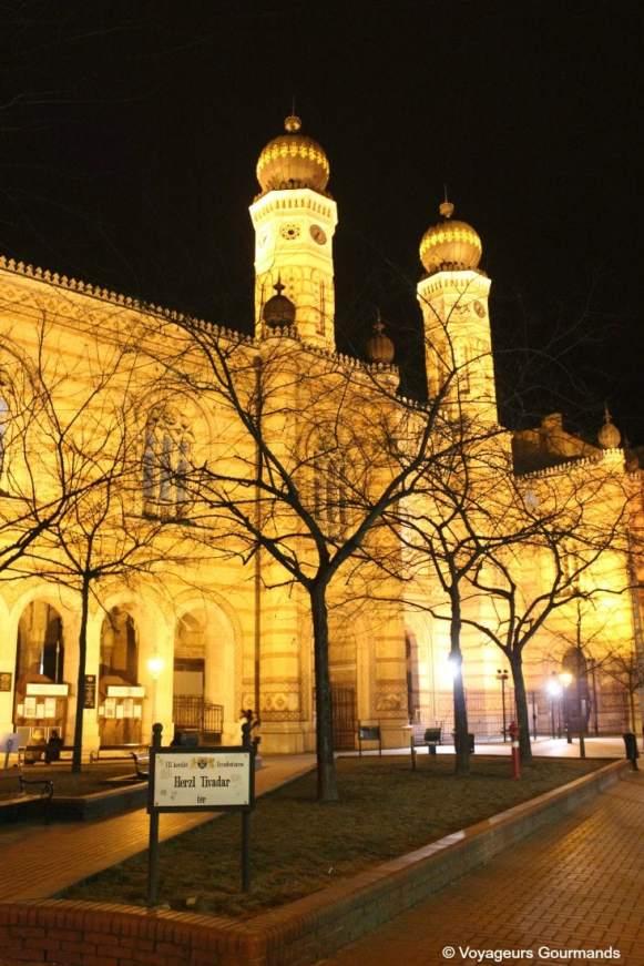 synagogue budapest 9