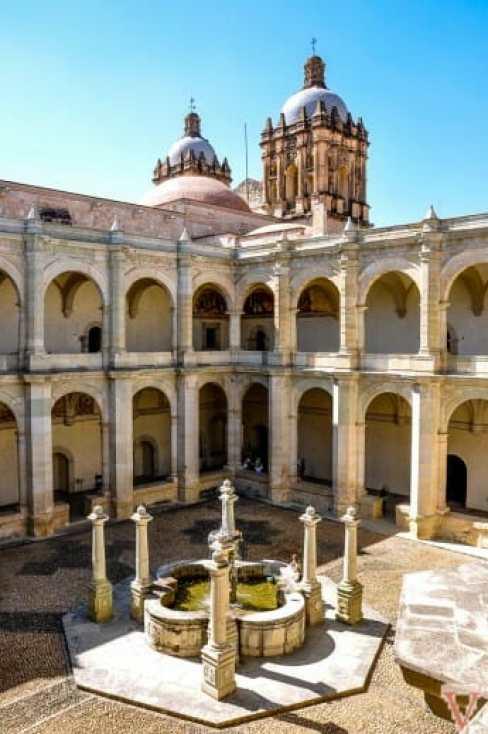le couvent de santo domingo à Oaxaca