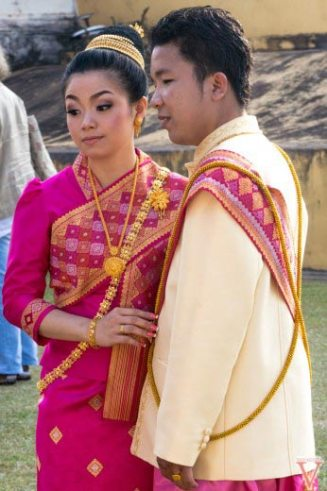 that louang couple laos
