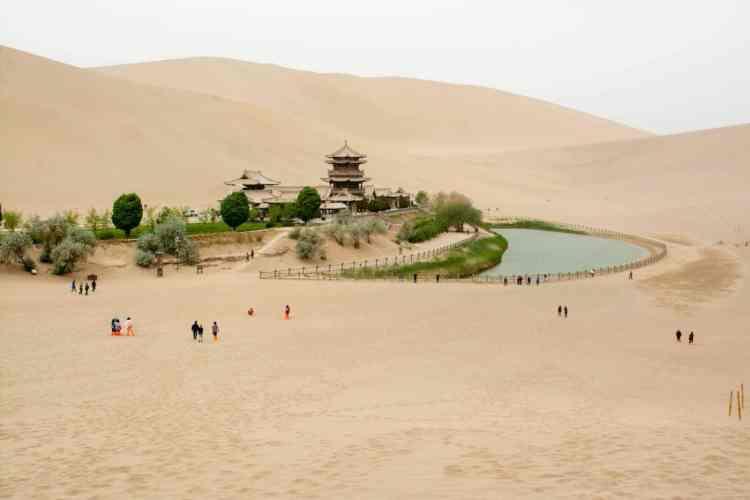 dunhuang oasys dune minganshan