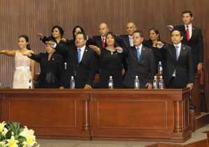 Tomando protesta diputados de la LVIII Legislatura