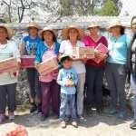 Entregan despensas Hombro con Hombro en comunidades de Colón